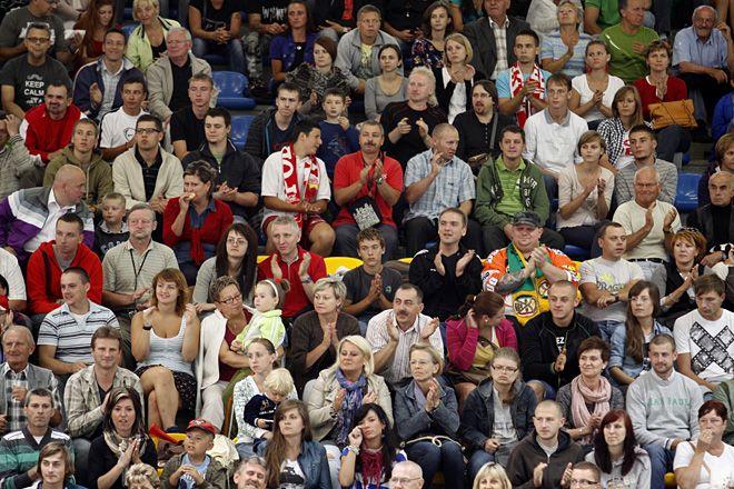 Hokej: Polacy wygrali z Francuzami , Dominik Gajda