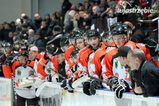 JKH: pierwszy sukces w półfinale, Tomasz Sikora