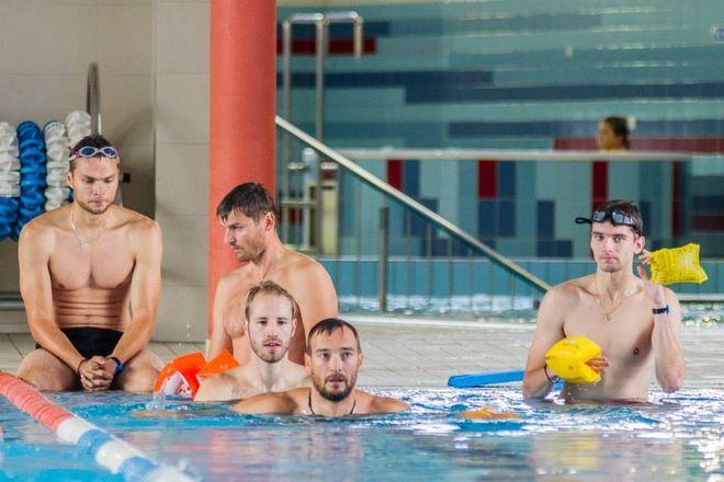 Siatkarze pracują nad formą na basenie, KS Jastrzębski Węgiel
