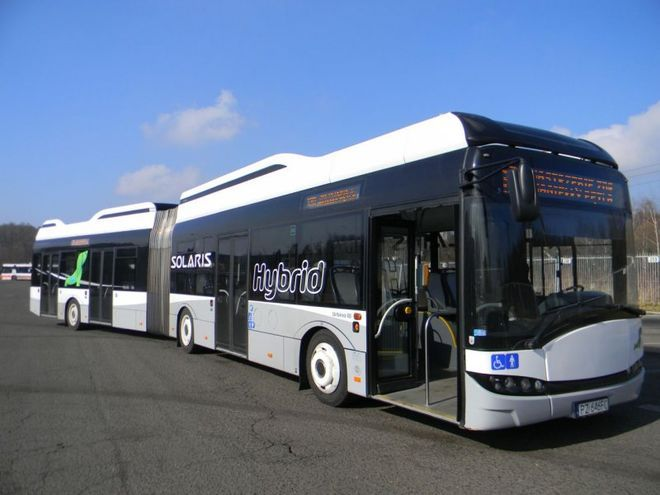 Niedawno PKM testował na liniach MZK nowoczesny autobus Solaris Urbino 18 Hybrid