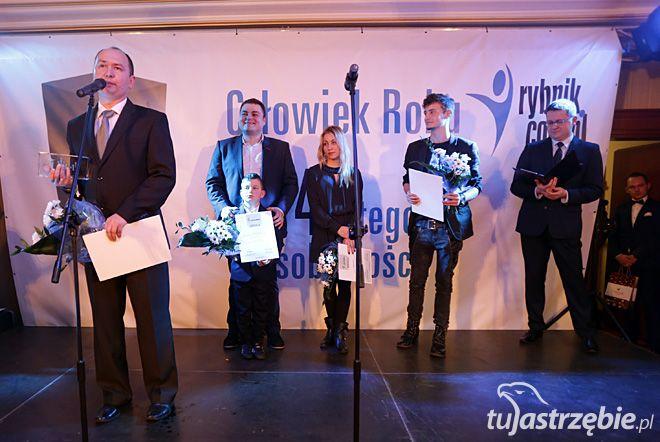 Piotr Piotrowicz otrzymał statuetkę Człowieka Roku tuJastrzębie.pl. 2014, Dominik Gajda