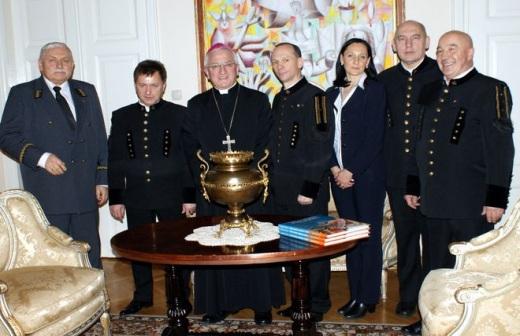 Jastrz�bianie z wizyt� u nuncjusza apostolskiego