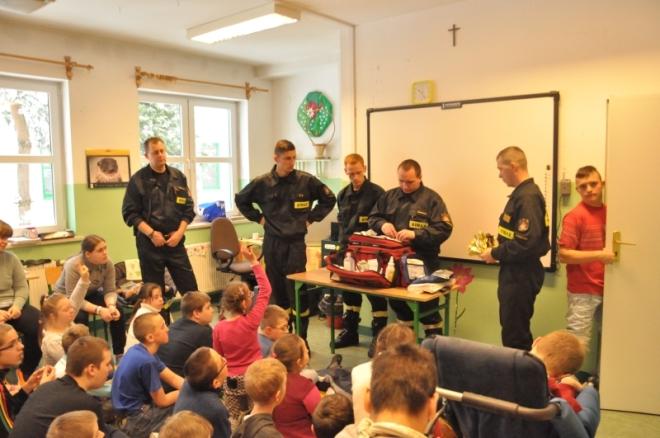 Uczniowie ZSS nr 10 spotkali się ze strażakami, ZSS 10