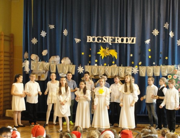 Uczniowie SP 17 zmierzyli się w konkursie kolęd i pastorałek, żródło: SP 17 Jastrzębie-Zdrój
