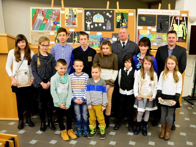 Autorzy najpiękniejszych prac na temat noszenia odblasków odebrali nagrody , Maciej Gucik, materiały prasowe UM Jastrzębiu-Zdrój