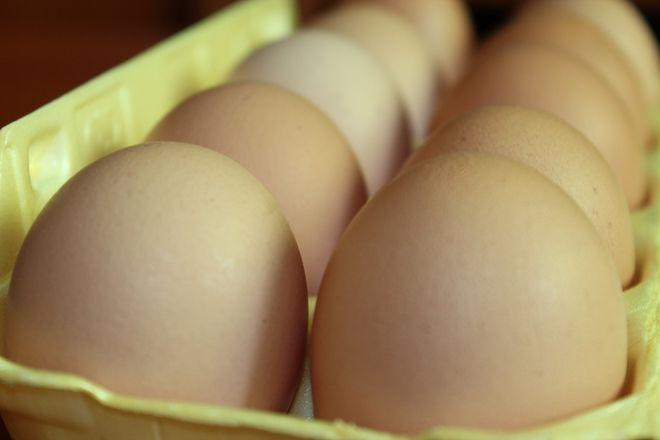 Zaledwie w ciągu kilku tygodni, ceny jajek wzrosły dwukrotnie