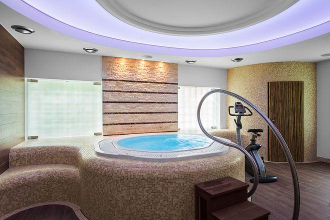 JSW: kolejny przetarg na luksusowy hotel w Gdyni. Czy tym razem uda się go sprzedać?, materiały prasowe