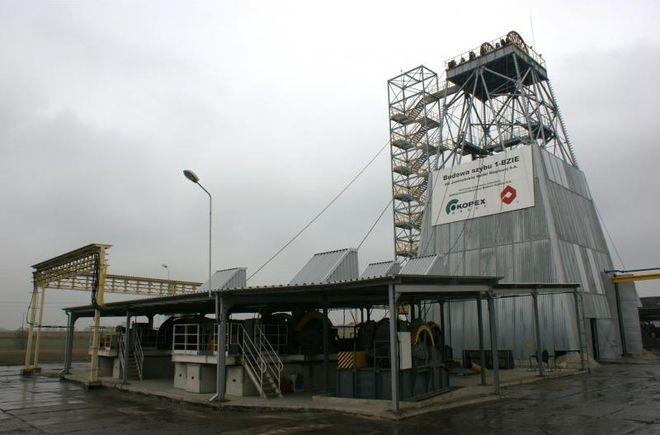 Szyb 1-Bzie: do zakończenia inwestycji zostało jeszcze 300 metrów , materiały prasowe - www.kopex.com.pl