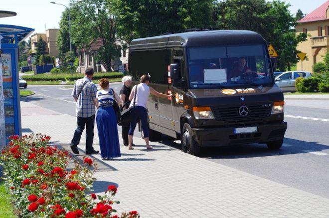 W Pawłowicach autobusem pojedziesz za złotówkę , UG w Pawłowicach