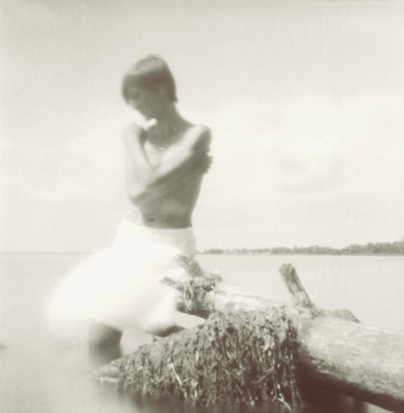 Fotografie otworkowe ukraińskich twórców w Galerii Ciasna, Svitlana Myslyvets , materiały prasowe