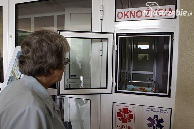 Szpital nie chce likwidować okna życia, Dominik Gajda
