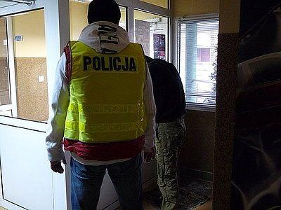 Policja ujęła sprawców pobicia na ul. Piasta, Archiwum