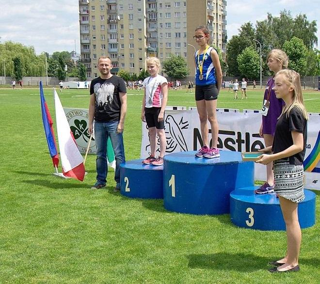 Roksana Pastuszak, zawodniczka Klubu Biegacza MOSiR Jastrzębie, wywalczyła złoto Mistrzostw Śląska Dzieci