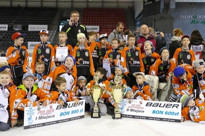 Najmłodsi zawodnicy JKH GKS Jastrzębie zdobyli złoto i srebro Ogólnopolskiego Turnieju Mini Hokeja