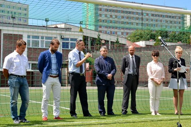 Dariusz Stanaszek - trzeci z prawej