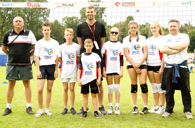 Młodzi uczniowie z jastrzębskich szkół wzięli udział w Mistrzostwach Polski Orlik Volleymania 2016