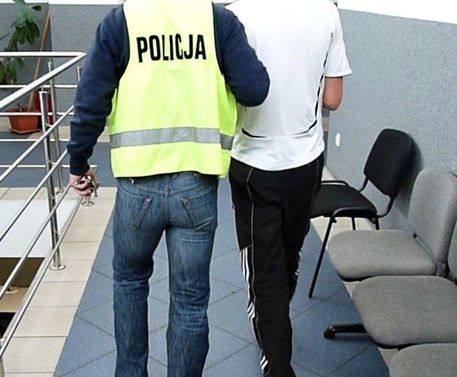 Rybniczanie na gościnnych występach w Jastrzębiu napadli i pobili 27-latka, KMP w Jastrzębiu-Zdroju