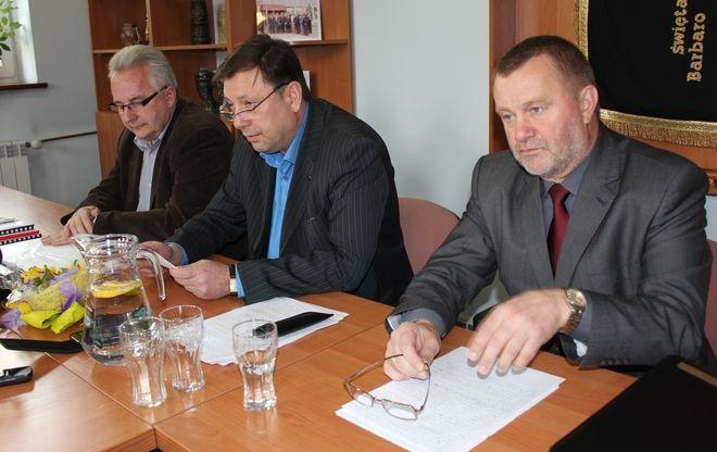 Od lewej: Roman Brudzinski, Stanisław Kozłowski i Zdzisław Chętnicki